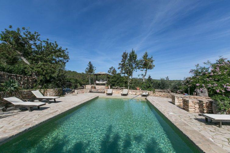 Casa Calma Ibiza. Ibiza holliday villa with pool