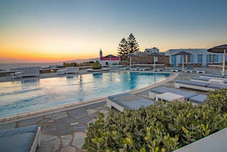 Aeolos Resort