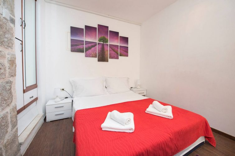 Central area apartment S