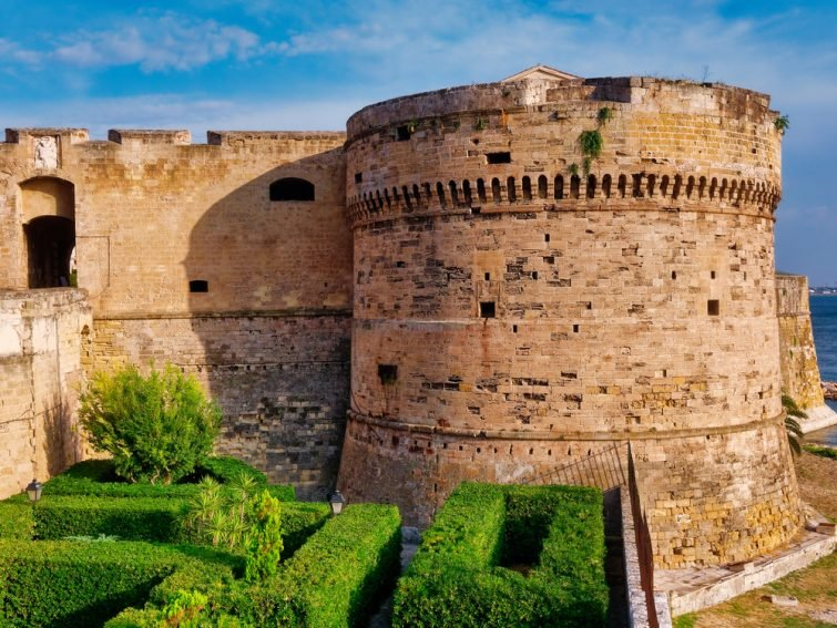 Chateau Aragonais Tarente