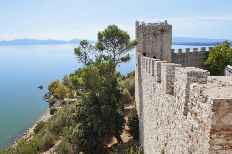 Fortress,At,Castiglione,Del,Lago,On,The,Shore,Of,Lake