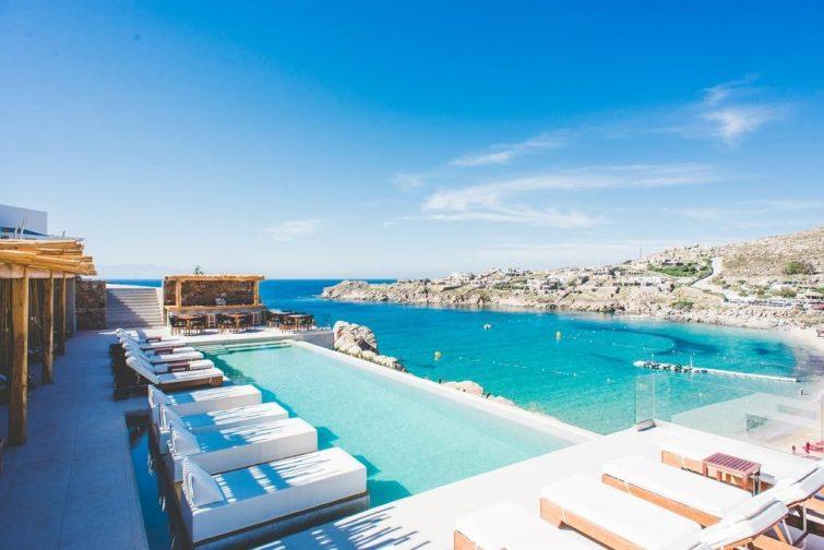 Hôtel Super Paradise Suites