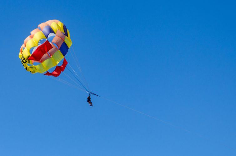 Parachute-ascensionnel-tenerife-activites-outdoor