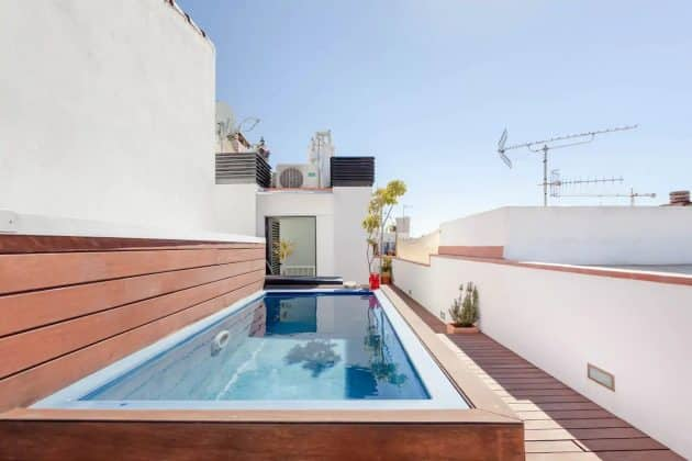 Superbe duplex avec toit-terrasse et piscine
