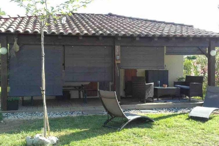 Gîte/Maison climatisé piscine Ardèche Sud