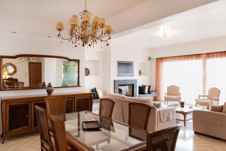 Number Five Apartment Airbnb à Corinthe