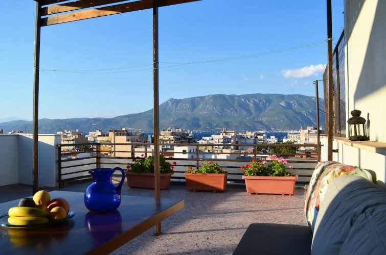Astonishing view central apartment Airbnb à Corinthe