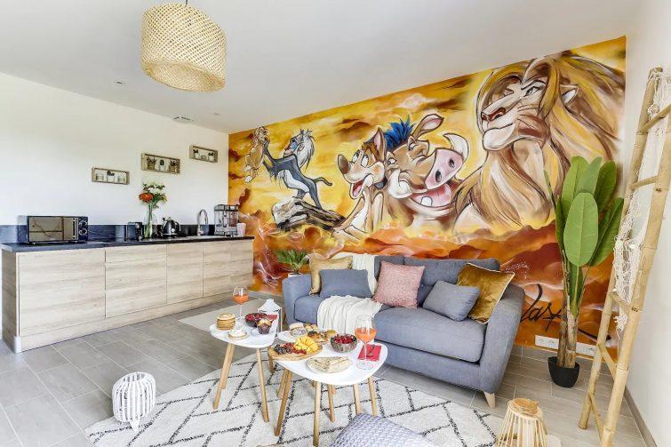 airbnb-disney