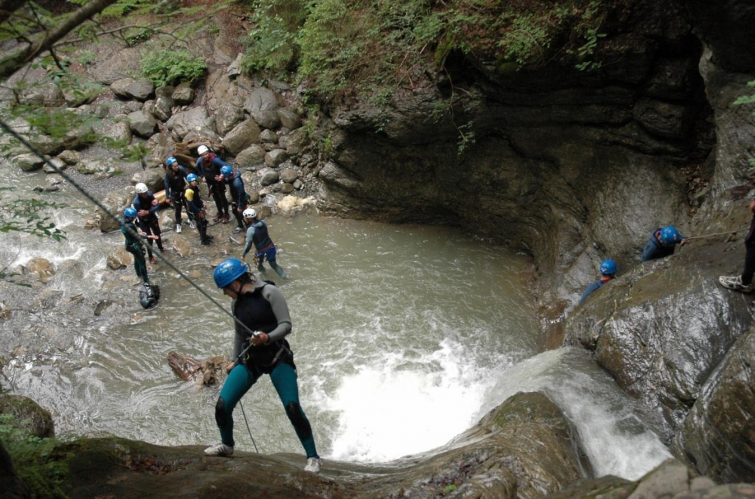 canyoning-activites-outdoor-chatel
