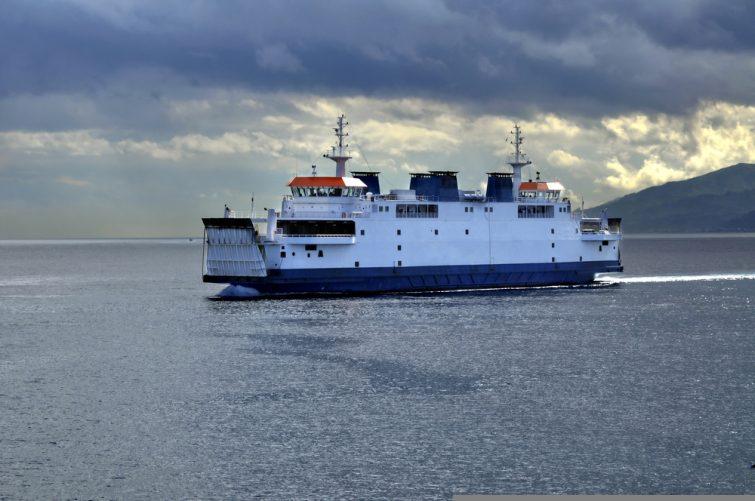 Ferry en navigation