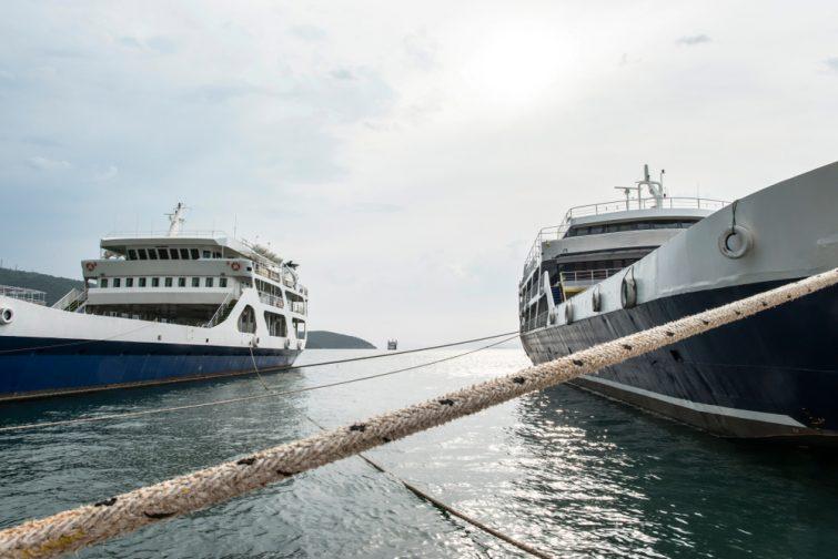 Deux géants maritimes