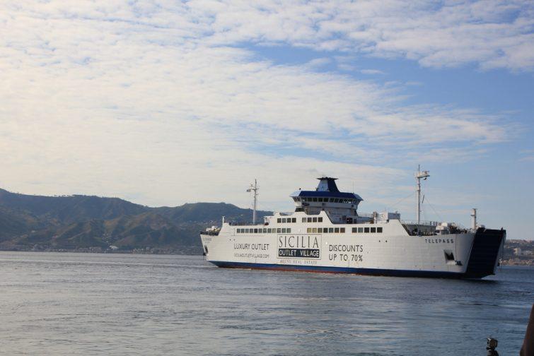 Ferry Sicile : Villa San Giovanni