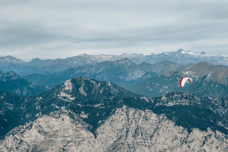 Parachute ascensionnel au Lac de Garde