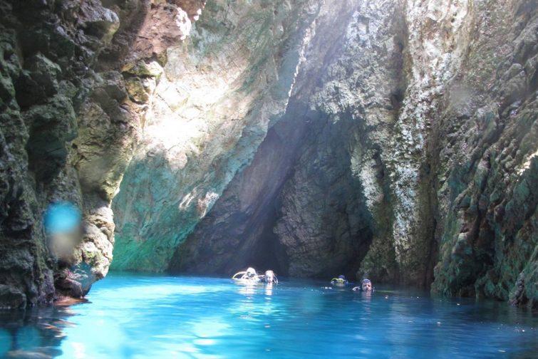 Faire de la plongée à Corfou