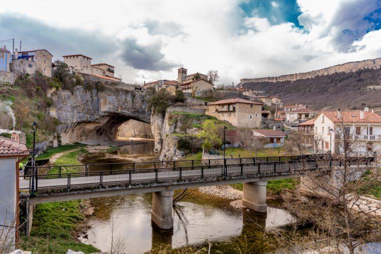 Puentedey visiter Castillan-et-Léon
