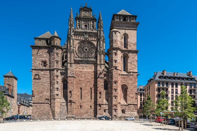 rodez-cathedrale-visiter-midi-pyrennees