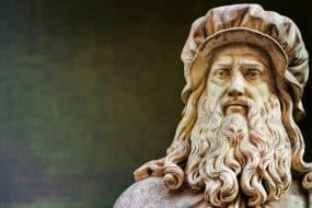Statue Léonard de Vinci