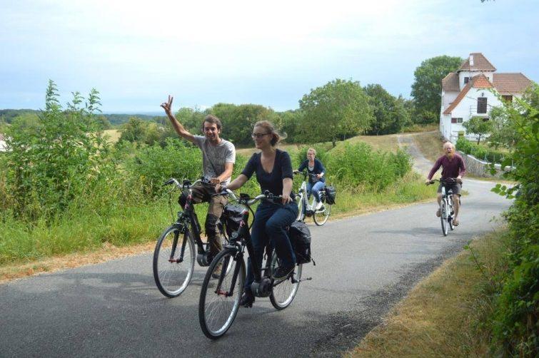 Vélo visiter le Parc régional de Quercy