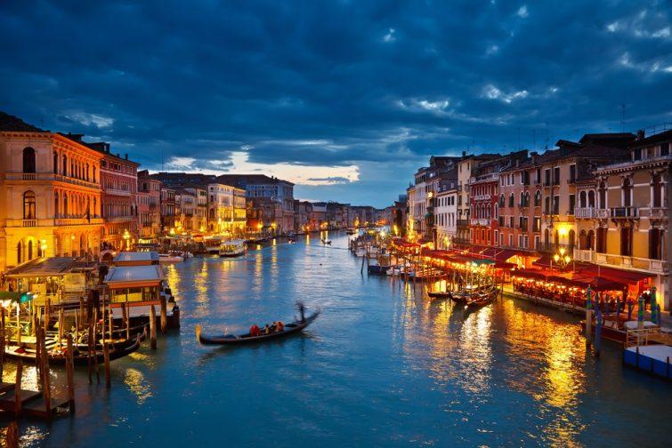Le Grand Canal de Venise, by night