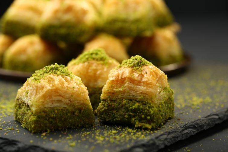 baklava-dessert
