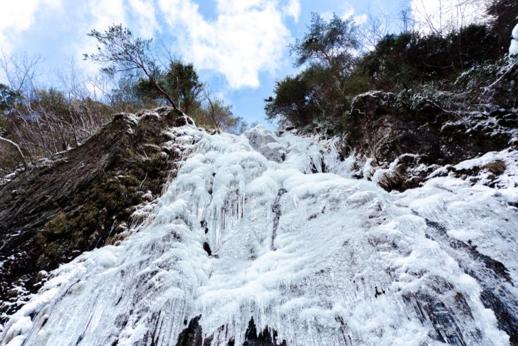 cascade-hiver