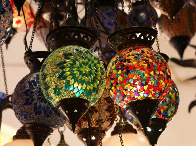 Atelier à Aix-en-Provence lampe