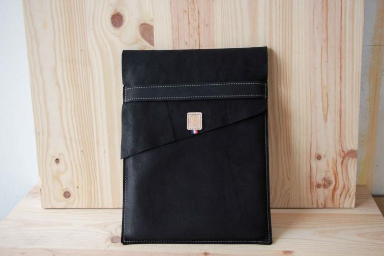 pochette-ordinateur-cuir