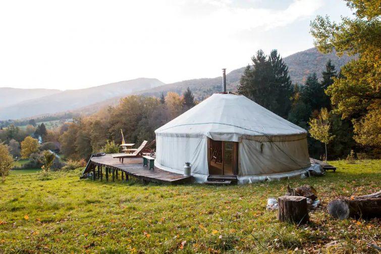 Une yourte au calme en Savoie Bauge