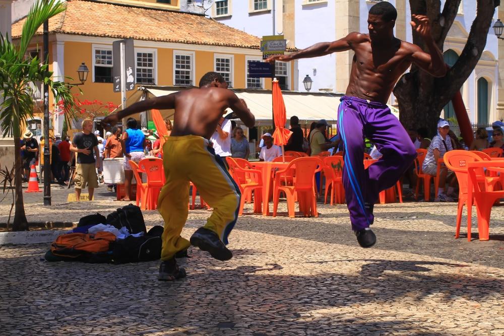 Danseurs de Capoeira, dans les rues de Salvador