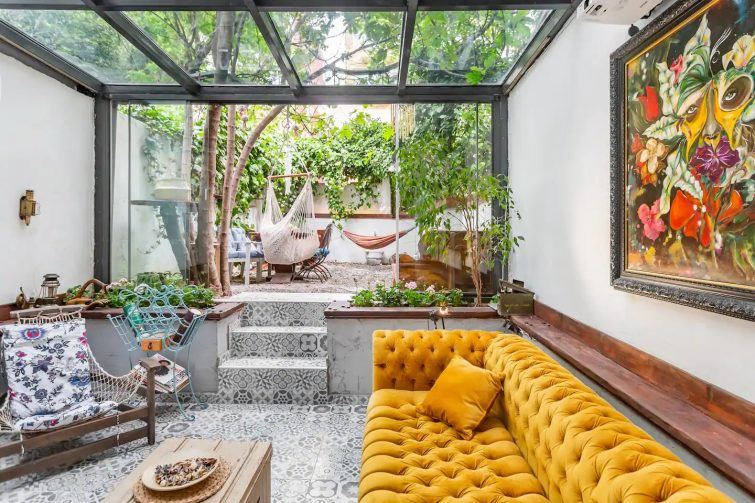 Boutique Three Floors Art House and Private Garden Airbnb Istanbul