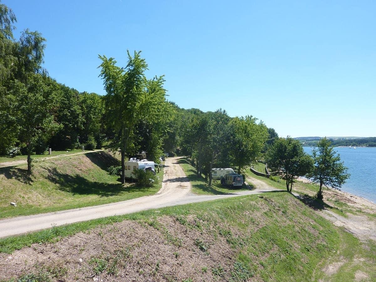 Aire de Salles Curan Aveyron