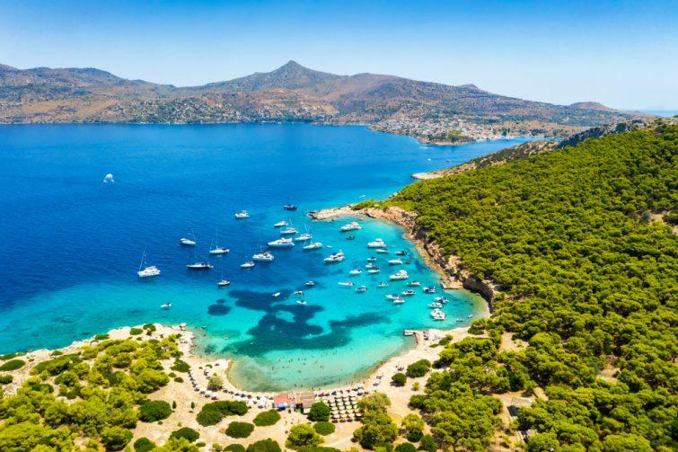 Se baigner à l'archipel des Saroniques