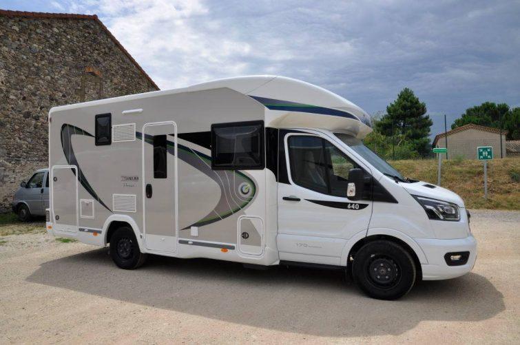Camping-car famille camping-car profilé