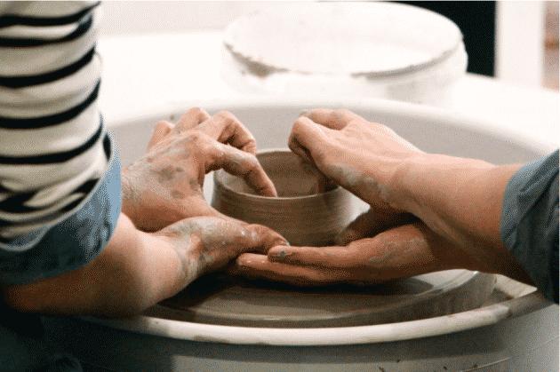 10 ateliers pour apprendre à faire de la céramique à Lyon