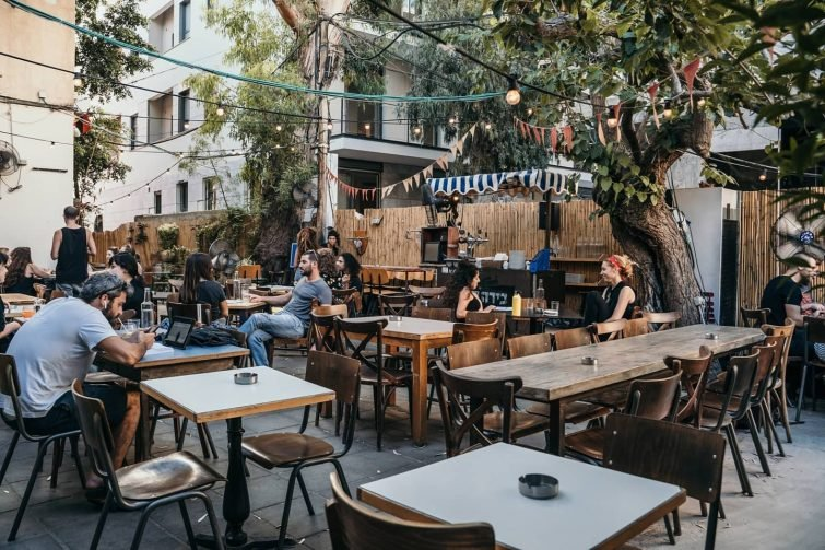 Bicicletta Bar and food-ביצ'יקלטה בר ואוכל בגינה manger à Tel Aviv