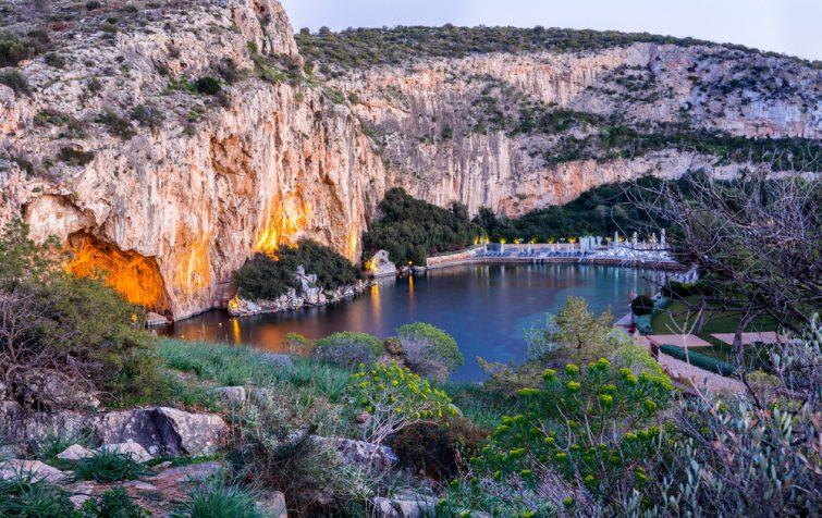 Lake Vouliagmeni near Athènes