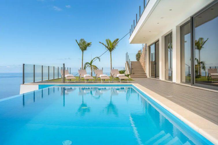 Villa Panorama / Luxury Villa in Arco Da Calheta - Airbnb Madère