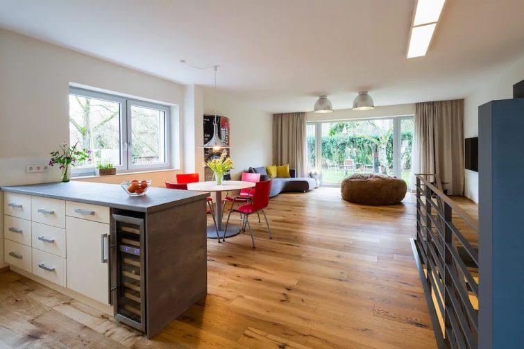 Appartement design avec terrasse-airbnb-cologne
