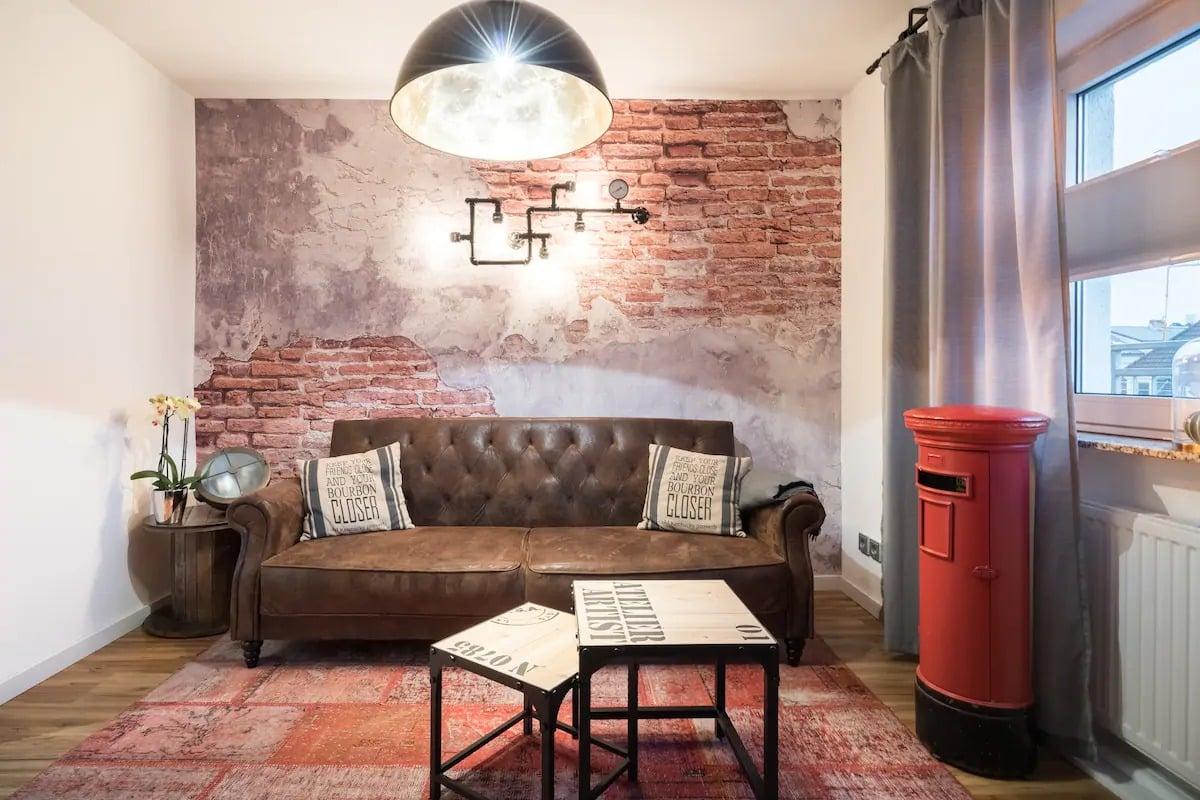 Appartement meublé à l'origine, inondé de lumière et avec terrasse ensoleillée