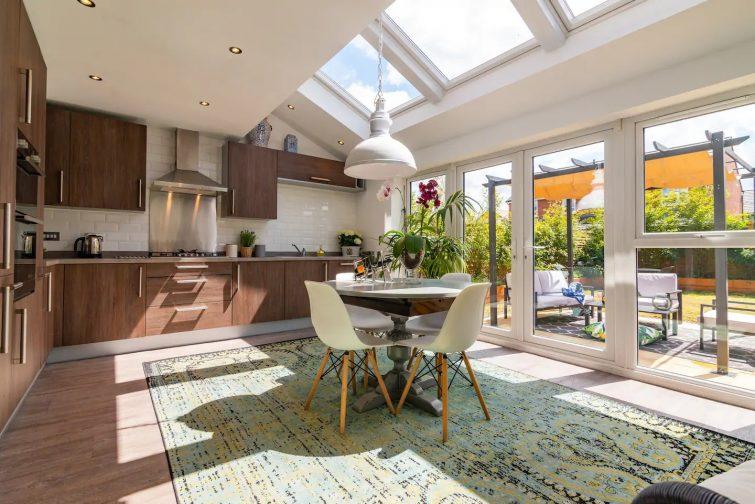 Magnifique maison baignée de lumière, avec jardin