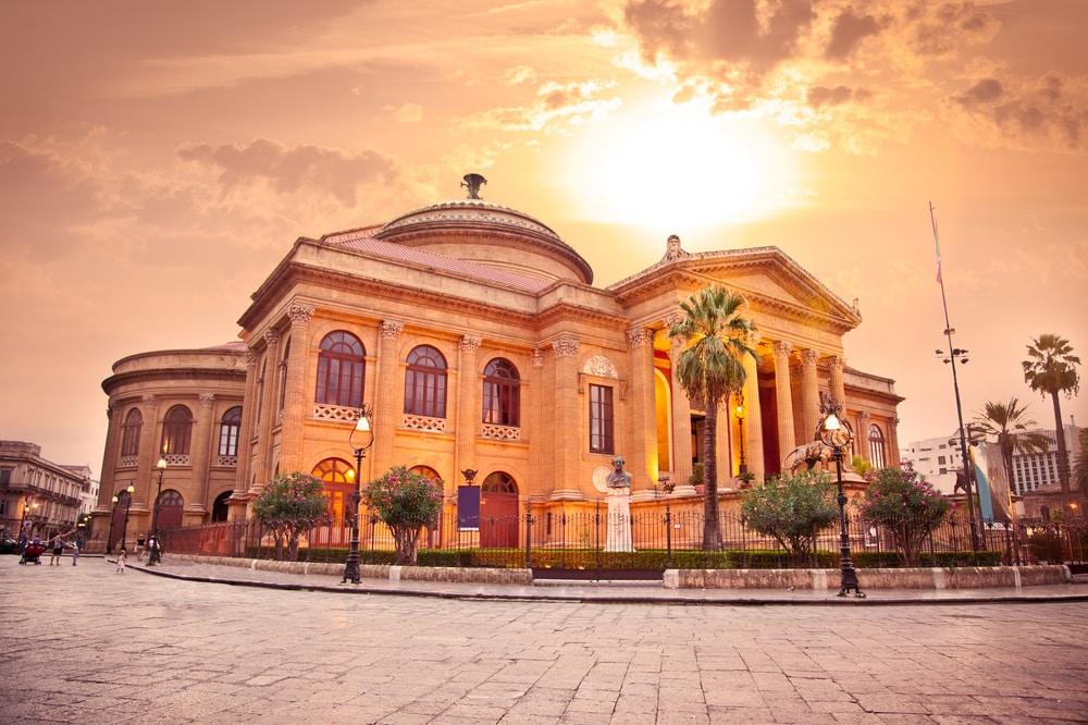 Visita al teatro di Palermo