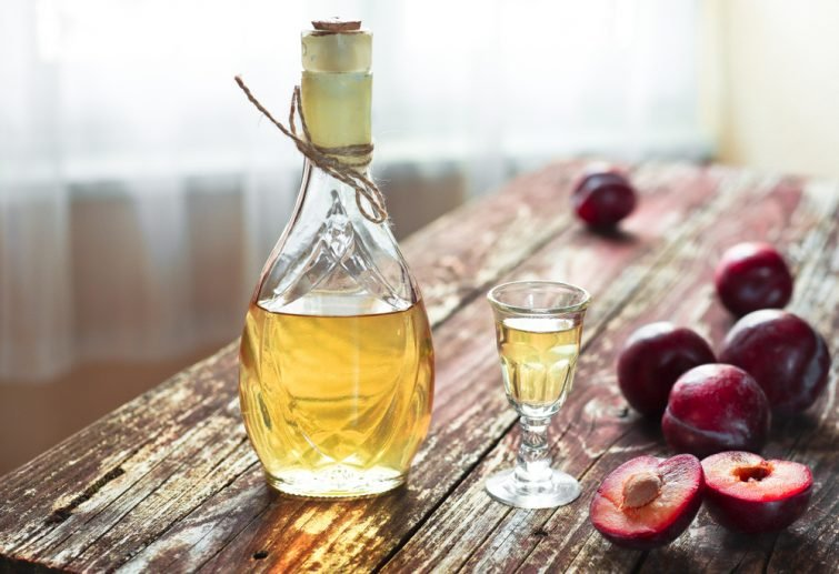 alcool-traditionnel-balkan