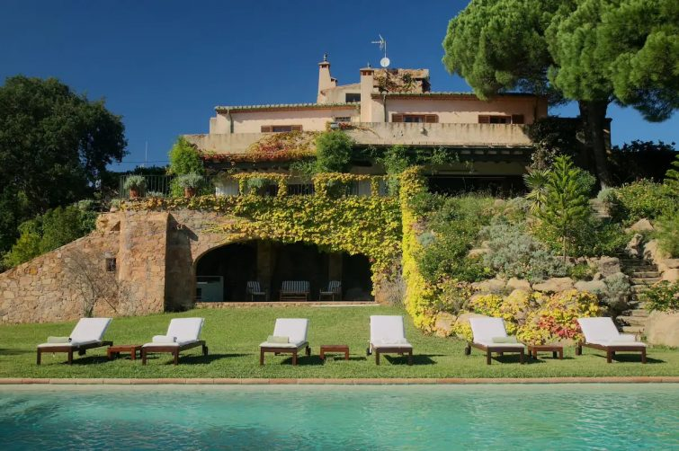 RUSTIC VILLA ON THE SEA FRONT. AMAZING VIEWS - Airbnb Palamós