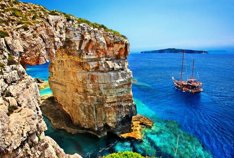 Îles de Paxos et Antipaxos - location bateau corfou