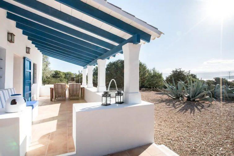 Maison Llevant airbnb Formentera