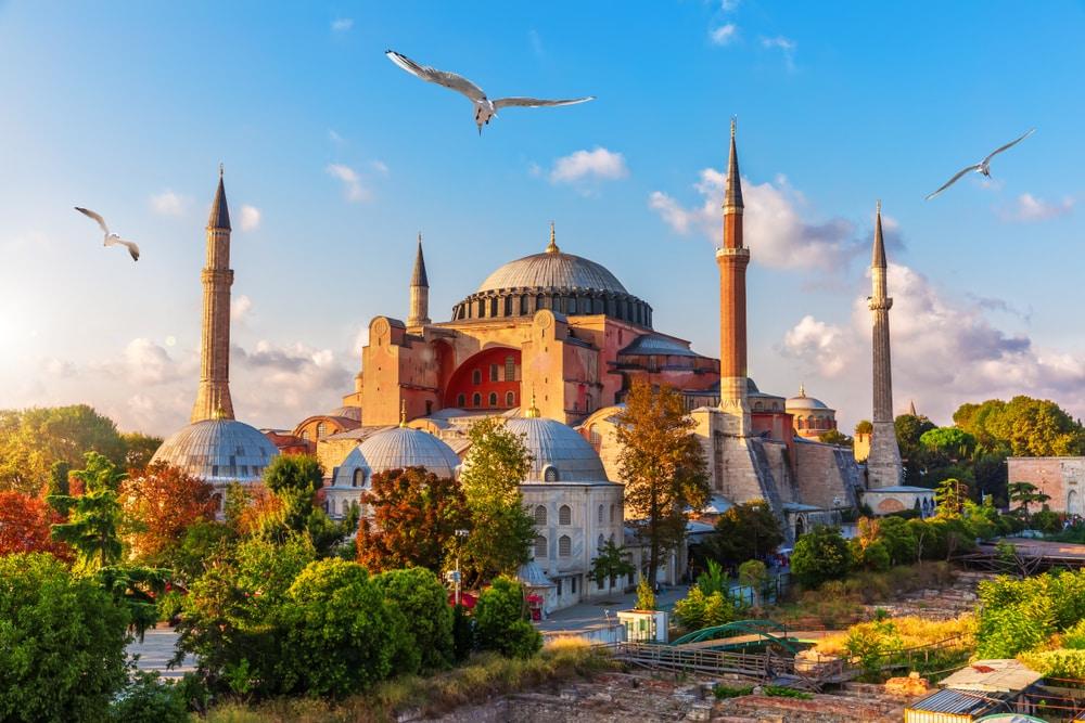 Vue sur Sainte-Sophie, journée ensoleillée à Istanbul