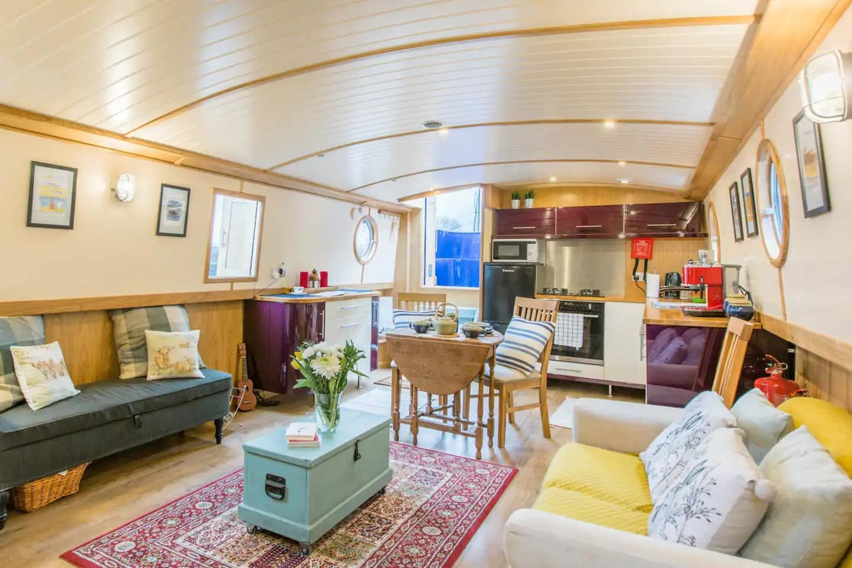 Airbnb à Glasgow, dans un bateau
