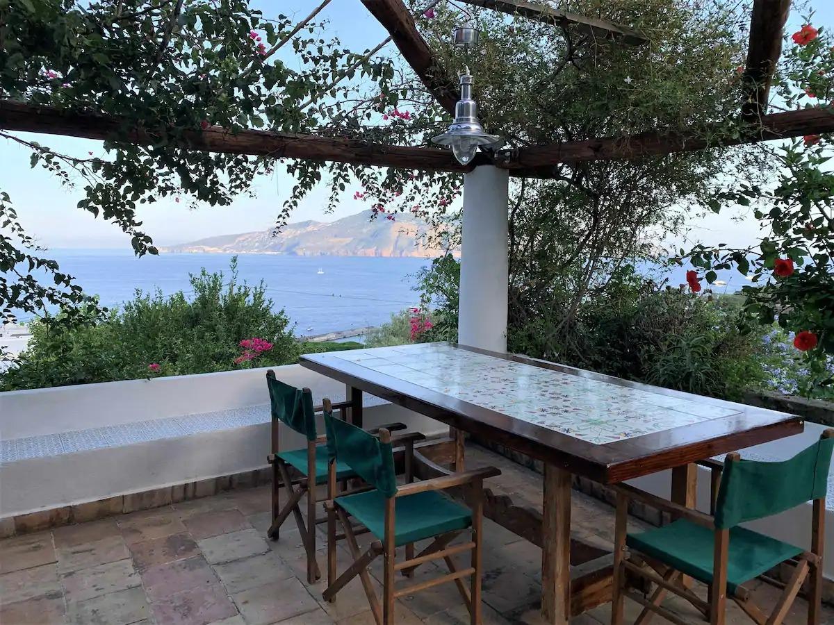La Casa di Tommy, avec jardin et vue mer