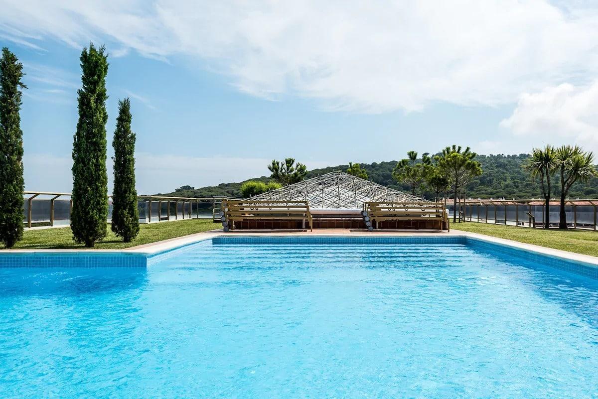 Piscine exceptionnelle dans cet Airbnb à Platja d'Aro