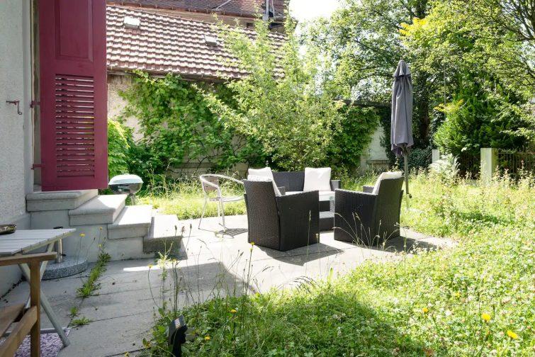 Logement style Art Nouveau avec jardin
